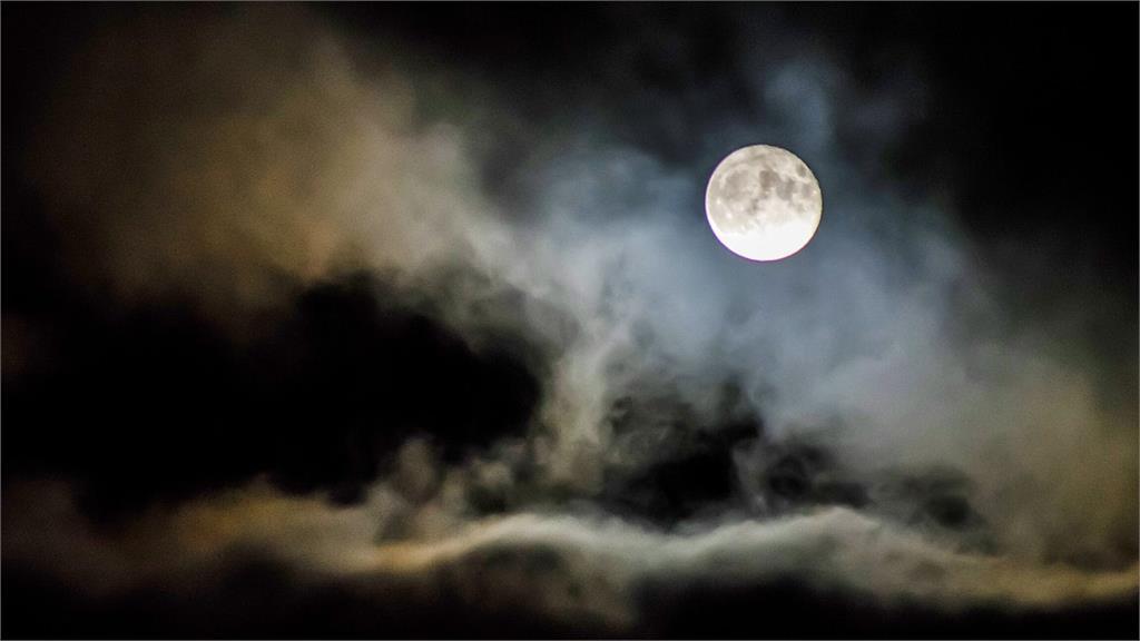 中秋節「賞月指數」曝光 1張圖秒懂各地月亮露臉機率