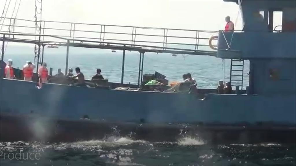 快新聞/中國籍漁船越界捕魚遭罰81萬 台中海巡隊今驅離出境