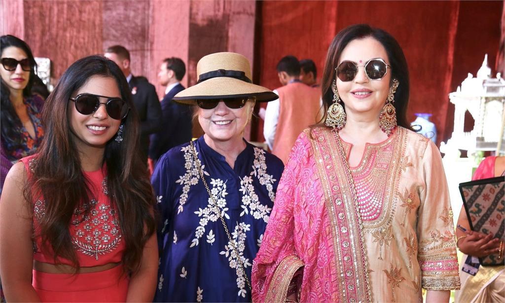 印度首富嫁千金 盛大婚禮碧昂絲、希拉蕊都到了!