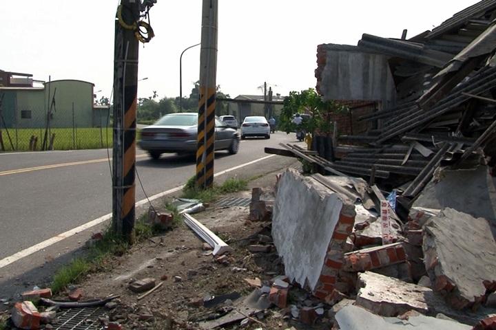 酒駕男狠撞路邊民宅 力道強勁釀6傷