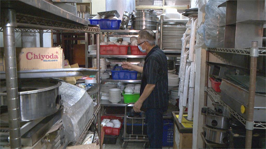 餐廳不敵疫情倒閉! 二手廚具業者電話接不完 倉庫被塞爆