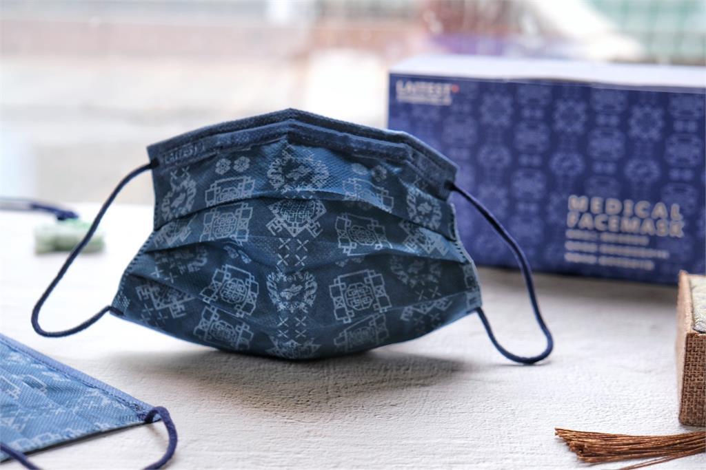 <em>萊潔</em>超潮「藍絲綢」口罩1萬盒33分鐘全賣光 沒搶到還有這些通路可買