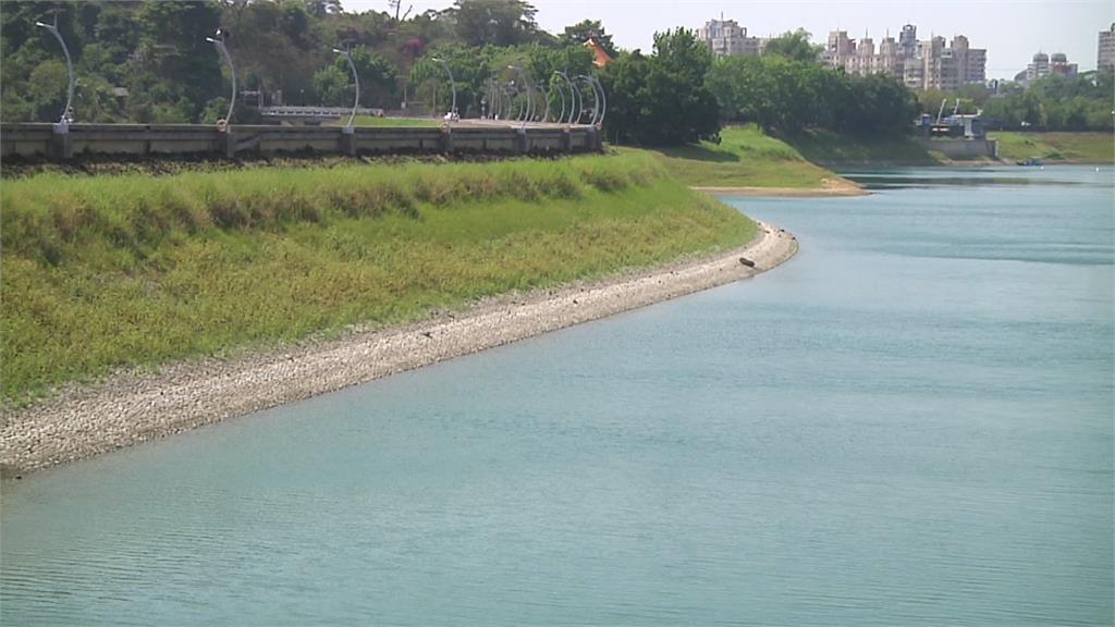 全台水庫存量創17年同期以來最低  經濟部首度召開旱災應變會議