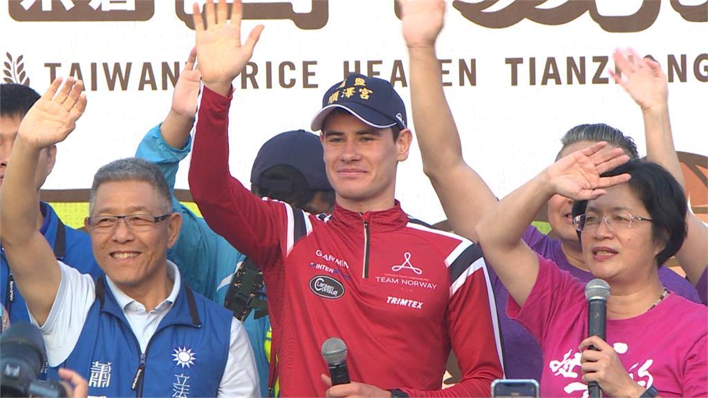 快新聞/順澤宮「冠軍帽」加持! 愛台挪威選手又奪冠 廟方驚喜:帽子要紅到德國了