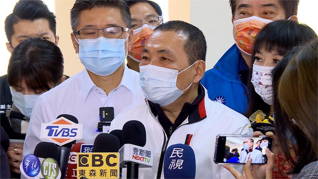 侯友宜邀18家醫院開會 4醫院自費採檢降價