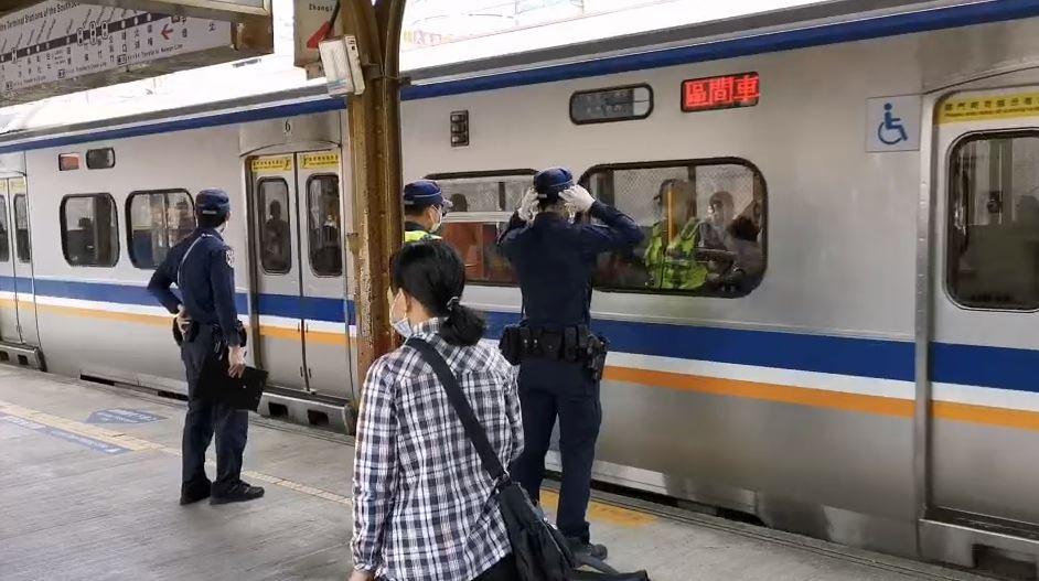 快新聞/旅客闖鐵道遭撞 台鐵內壢=埔心10列次約3590人受延誤