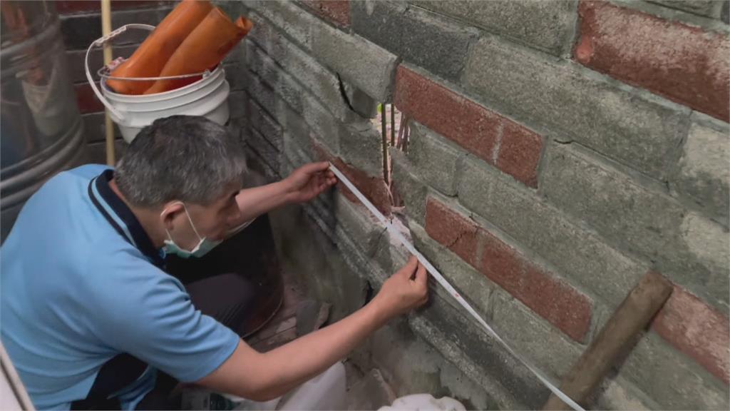 公墓火警火石四射 爆裂噴發擊破民宅圍牆