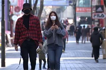 快新聞/南韓連續三天確診數破300人 首爾民眾明起外出「全面強制戴口罩」