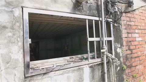 烈火狂燒!桃園楊梅民宅火警消防員鋸窗鐵助少年脫困