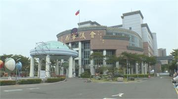 台南慶縣市合併10週年 市議會變身打卡熱點