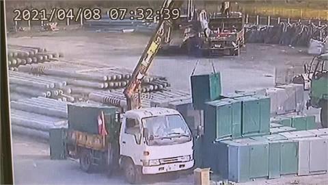 台南工地男子遭600公斤電箱壓住 救出時已無生命跡象