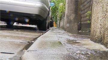 車停社區公用道路 警衛爆粗口趕人