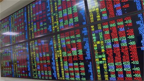 台股週線下挫48.67點 航運族群跌最重成交占比逾4成