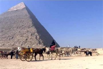 埃及金字塔附近 發現4400年歷史古墓