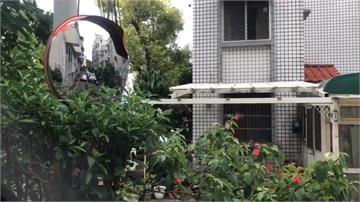 600萬買新竹透天厝 竟與3墳墓當鄰居