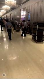 獨家影片曝光/北市警長陳嘉昌赴700人義警餐敘 2黑衣人放上千隻「蟑螂鬧場」!