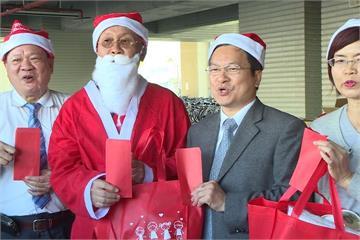 雪橇拉來耶誕禮 慈善團體送暖弱勢家庭