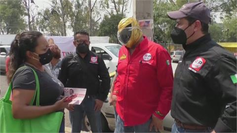 81歲傳奇摔角手再戰鬥 參選墨國卡蘭薩市長