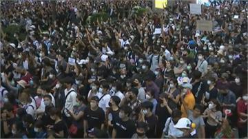 泰國學運第8天 民眾無視集會限聚令續示威