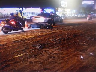快新聞/南市砂石車急煞泥漿大量噴出 7台機車閃避不及滑倒釀8傷