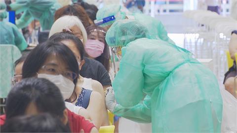 中央暫緩中學教師疫苗專案 北市用庫存繼續打