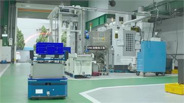 未來智慧工廠曝光!機器人自主穿梭作業 無人工廠確保生產線不停擺