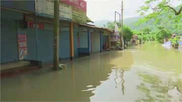 洪災重創印度阿薩姆 逾2千座村莊淹沒