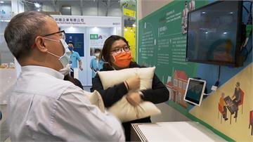 工研院推智慧長照科技!IOT照護醫療應用新發展  血感槍、膝力環受矚目