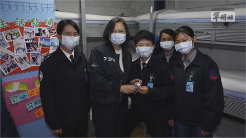 慶國際婦女節 蔡總統:盼不再看到「女強人」3字