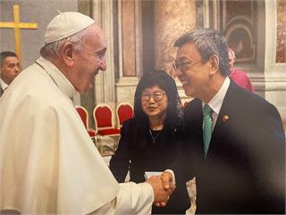 快新聞/教宗挺同性共組家庭! 陳建仁:天主教會政策改變 離同婚合法化僅一步之遙