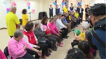 劉曉玫陪同副總統訪日照中心 承諾當選縣長推動長照