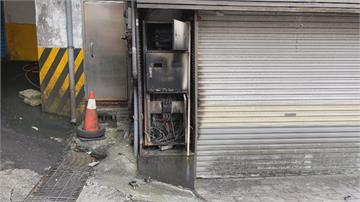 市場旁變電箱爆炸火光濃煙直竄 疑老鼠惹禍