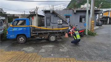 蘭嶼潛水行變調!情侶騎車雙載1死1傷 太老舊... 警方:肇事貨車早該報廢