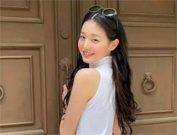 潤娥接班人 16歲女偶像「轉大人」擺脫甜美網讚:hot到燒起來!