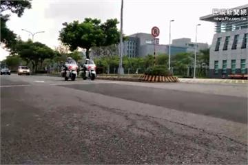 直擊/蔡總統上任首度「政軍兵推」 雲豹甲車重重防禦