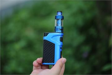 快新聞/《菸害防制法》草案出爐 抽菸年齡上修至20歲、電子煙禁賣