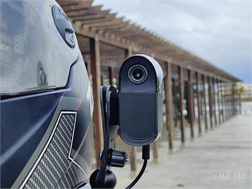 前後錄影更加有保障!有 HUD 的 CREACT Vision 180 雙鏡頭機車行車導航紀錄器開箱分享