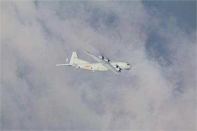 共軍運8反潛機擾台 空軍防空飛彈追監應對