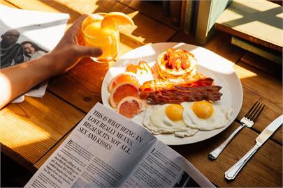 她曬家常蛋料理照網友卻都沒看過 煎蛋食譜公開吃過都讚「大阪燒」口感