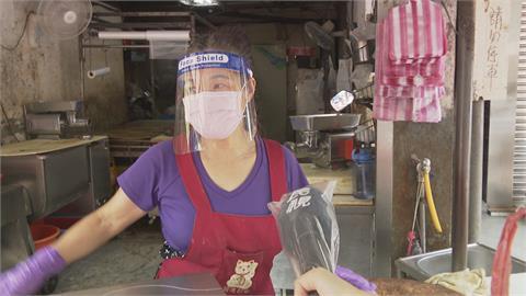 台北市市場攤商優先接種!驚見「酒吧員工」被造冊