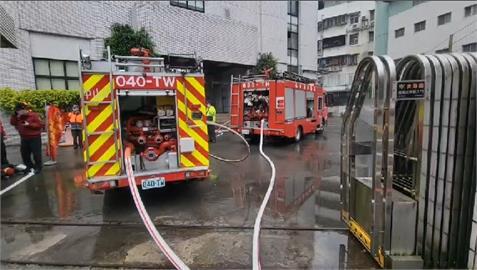 快新聞/上個月才做過消防演練! 基隆科技廠火警200名員工「再逃一次」