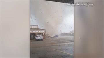 龍捲風侵襲美國阿肯色州!當局為加速救災實施宵禁