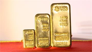 疫情避險需求升溫 黃金價格創七年來新高