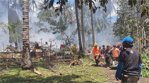 菲律賓軍方近30年來最嚴重空難  運輸機墜毀至少50死