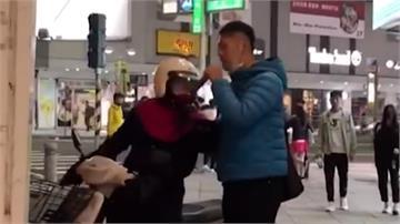 女騎士街頭飆罵罷韓志工 自稱「不是韓粉」