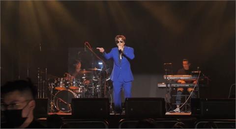 快新聞/巡演最後一站! 蕭煌奇高雄「解放」開唱 唱滿3小時上演濕背秀