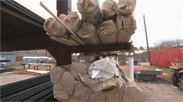 德州暴風雪斷電、缺水悲劇!水電工忙翻 食物銀行大排長龍