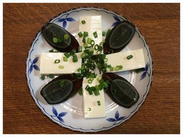 「皮蛋豆腐」別再只搭醬油膏!老饕推「加這2樣」美味天堂系升級