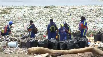 驚! 多明尼加黃金海岸 變成垃圾海岸