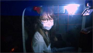 快新聞/周庭被捕 黃之鋒貼周庭「黑框眼鏡嘟嘴照」:若香港太平她大概不會投入政治